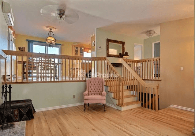 BIG HOUSE | CHÂTEAUGUAY | 4 BEDROOMS | 4 PARKING LOTS | RENOS